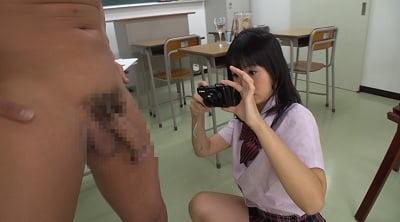 ヌードモデルのバイトで派遣されたのは女子校美術部!?サンプル9