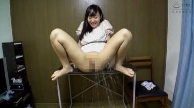 素人娘のおしっこ図鑑2 カメラ目掛けて大放尿する13人サンプル6