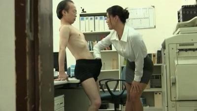 着衣女性と裸の男・ボディコンお姉さん編サンプル1