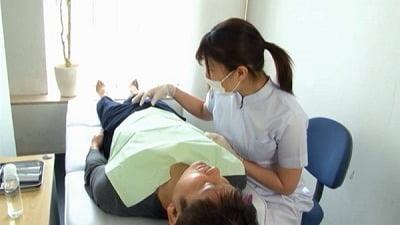 痴女歯科衛生士のゴム手袋手コキマゾ射精CLEANING!サンプル18