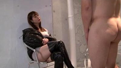 着たままの痴女様と全裸プレイ 完全着衣痴女と全裸M男のCFNM 葵百合香サンプル3