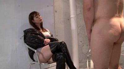 着たままの痴女様と全裸プレイ 完全着衣痴女と全裸M男のCFNM 葵百合香サンプル4