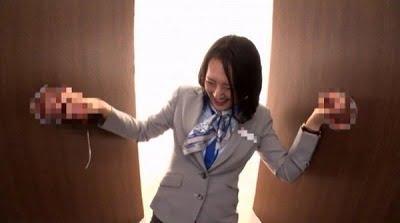 一般男女モニタリングAV しごいてしゃぶってヌキまくり!!大手航空会社勤務の憧れのキャビンアテンダントが無数に生えた壁ち○ぽの即ヌキに挑戦! 3サンプル17
