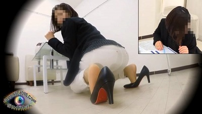 覗き見 清楚な女の子の豪快おなら4 女子トイレ編サンプル2