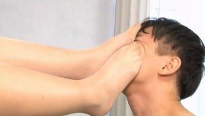 M男がみんな夢中になる保健室のアナル責め先生 新村あかりサンプル13
