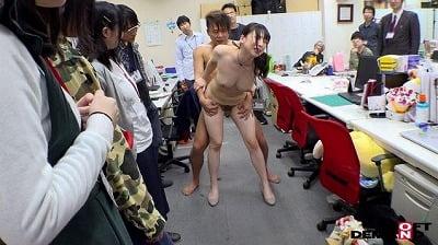 1週間全裸業務で羞恥心を克服!一回りも二回りも成長した吉岡明日海の公開羞恥SEXサンプル25