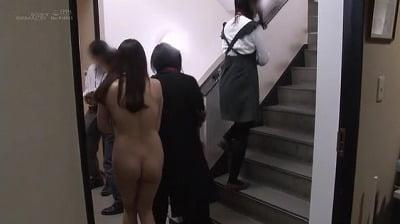 1週間全裸業務で羞恥心を克服!一回りも二回りも成長した吉岡明日海の公開羞恥SEXサンプル7