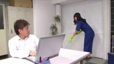 痴女清掃員のゴム手袋手コキマゾ射精WASH!3サンプル14