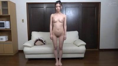 素人娘の全裸図鑑12 今時の女の子13名が恥らいながら脱衣していく様子をじっくり撮影した、変態紳士のためのヘアヌードコレクションサンプル14