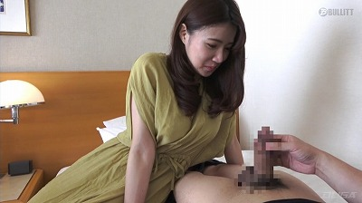 セックス無し!センズリ鑑賞→センズリ手伝い→射精→16名収録サンプル2