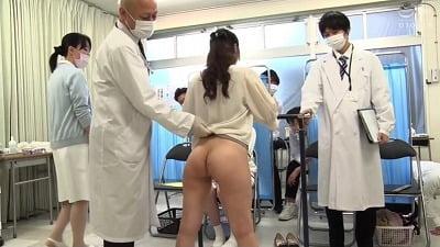 羞恥! 共学校で行われた男女混合 アナル健康診断 2021春サンプル8